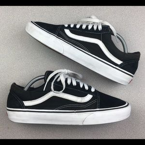 Vans Old Skool Low Black & White Men's Size 9.0